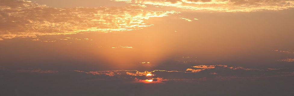 http://www.healthholistic.com/wp-content/uploads/2016/04/sunrise_976_320.jpg