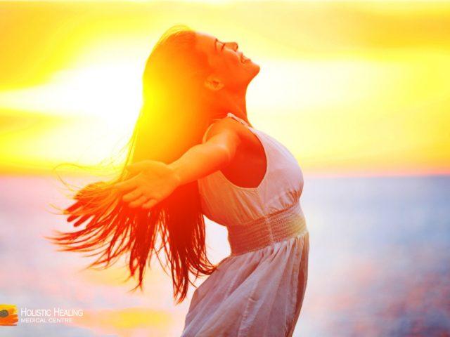 http://www.healthholistic.com/wp-content/uploads/2017/03/Happiness-blog-pic-640x480.jpg