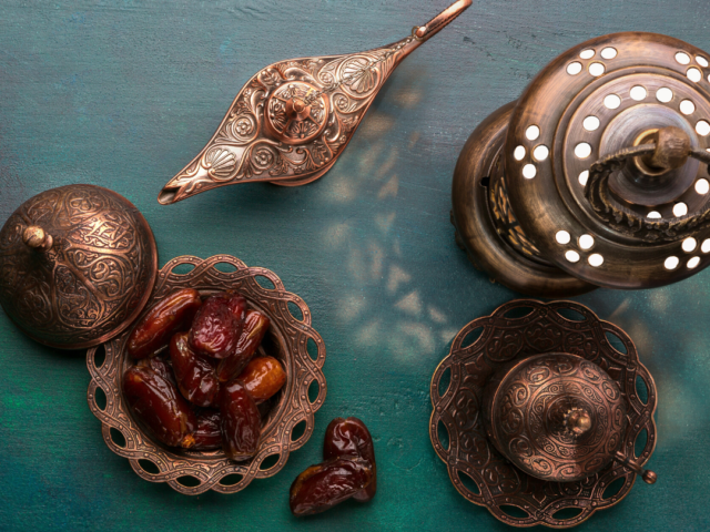 https://www.healthholistic.com/wp-content/uploads/2020/04/Ramadan-blog-image-640x480.png